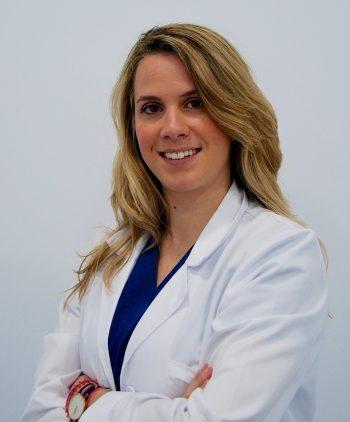 Dra. María Moya Amador
