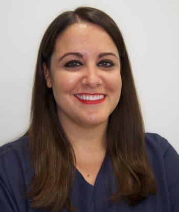 Dra. María Gomez
